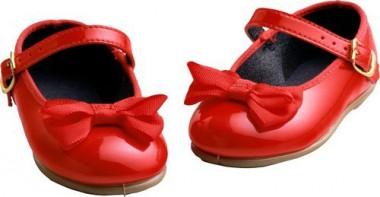 Стоптані черевички (Брати Ґрімм)